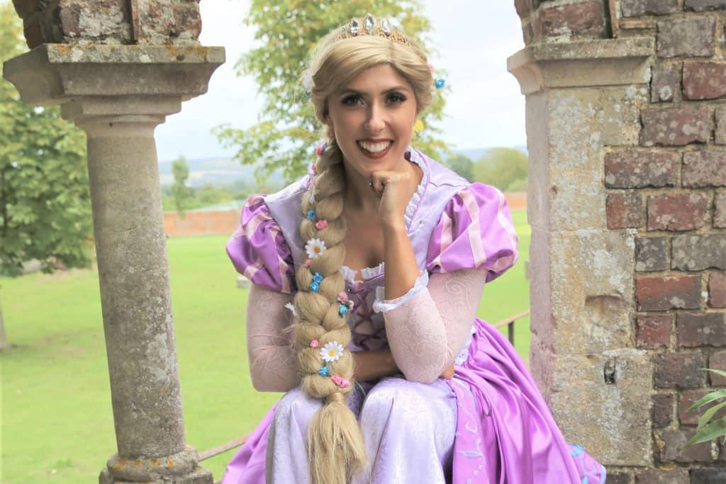 door knock visit rapunzel princess kent