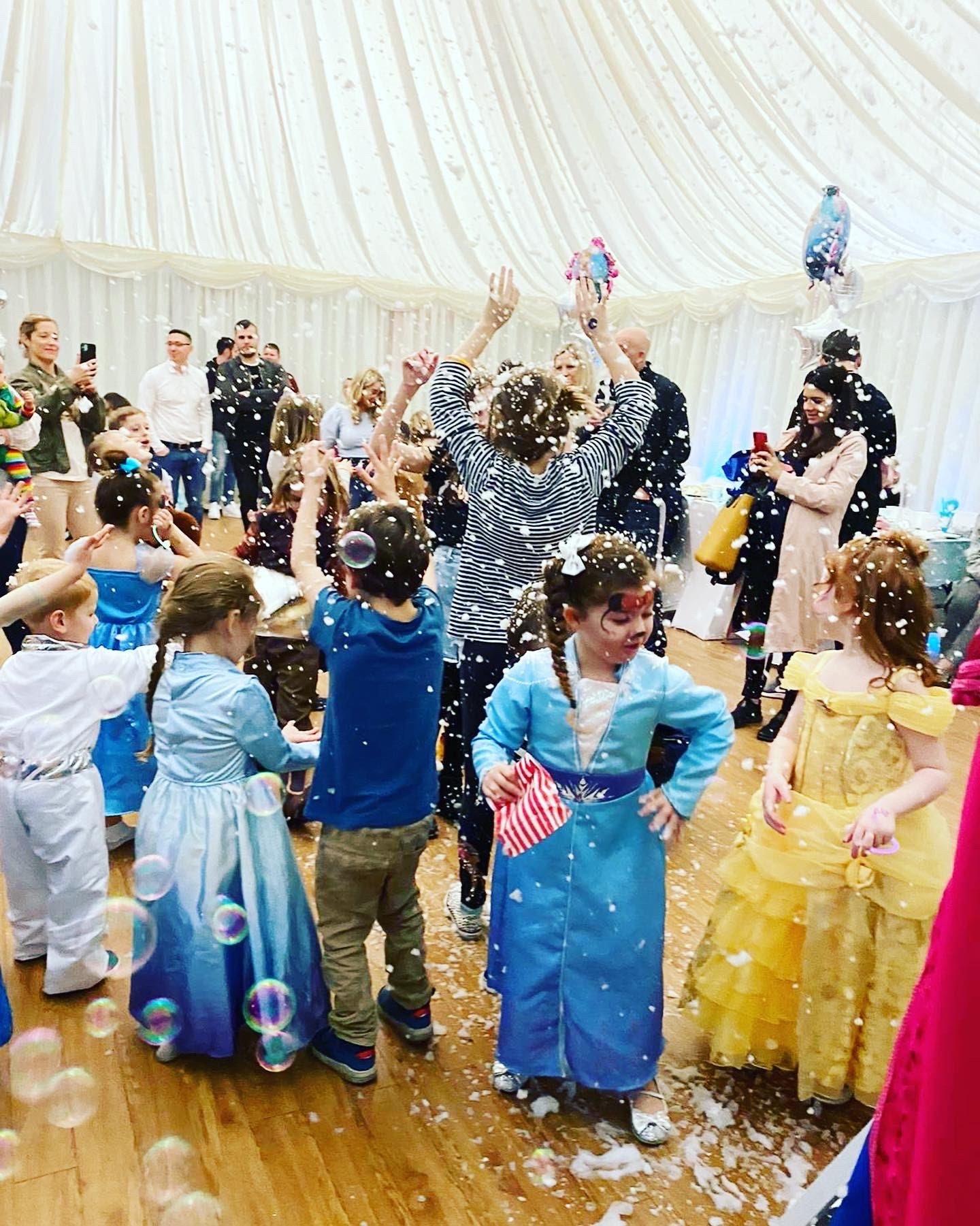 snow frozen kent party